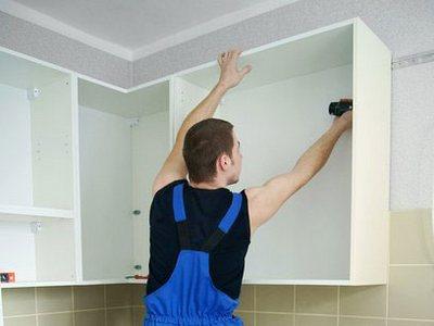Кухонный гарнитур своими руками - установка шкафов