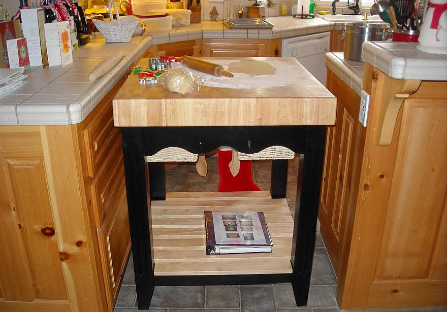 Мебель для кухни своими руками для маленькой кухни 13