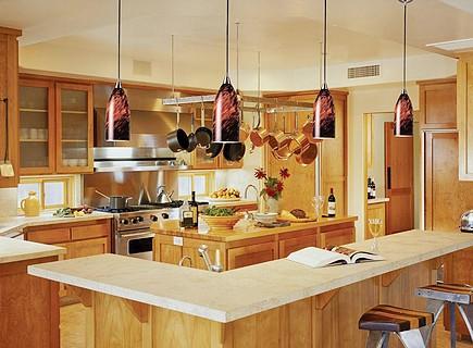 Подвесные светильники для кухни в классическом стиле