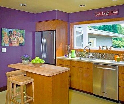 Сочетание цветов в интерьере кухни - использование дерева