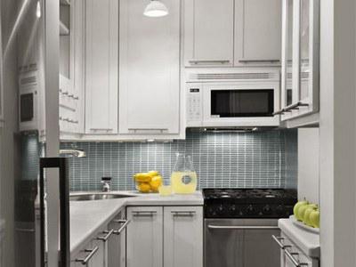 Дизайн малогабаритной кухни: гармония в мебели