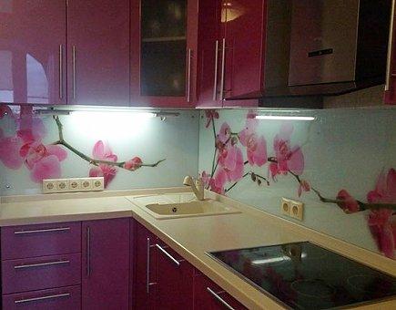 Стеновые панели для кухни из стекла