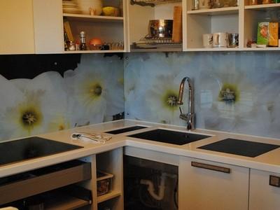 Стеновые панели для кухни из каленого стекла