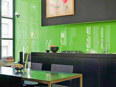 Кухня в стиле модерн в темном цвете