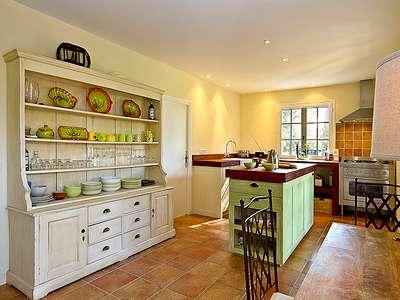 Фото кухонь в стиле прованс