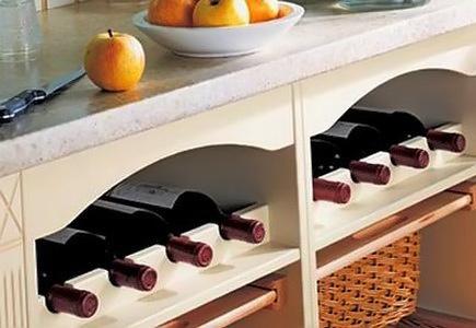 Бутылочница для кухни для минимализма в интерьере