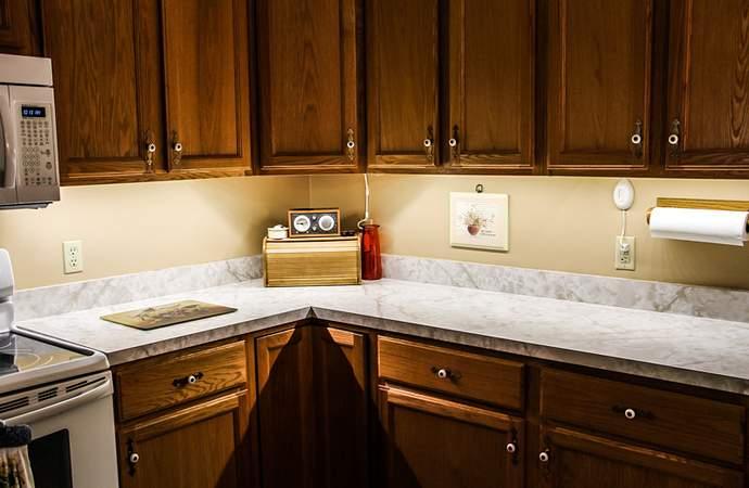 какую светодиодную ленту выбрать для подсветки кухни