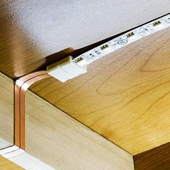 подсветка на кухне под шкафами светодиодами